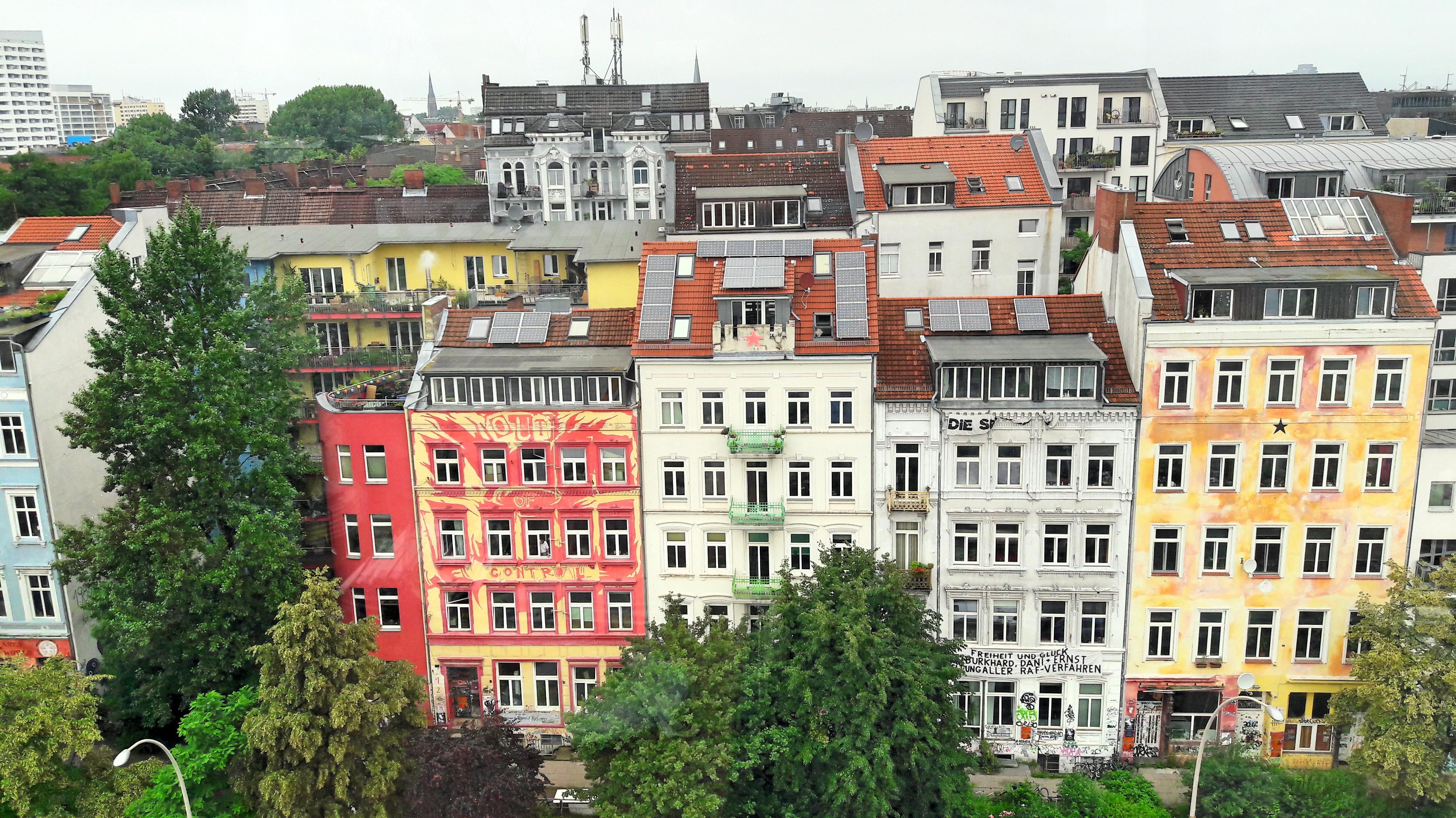 Nur für Schwindelfreie: die Hamburger Hafenstraße von oben
